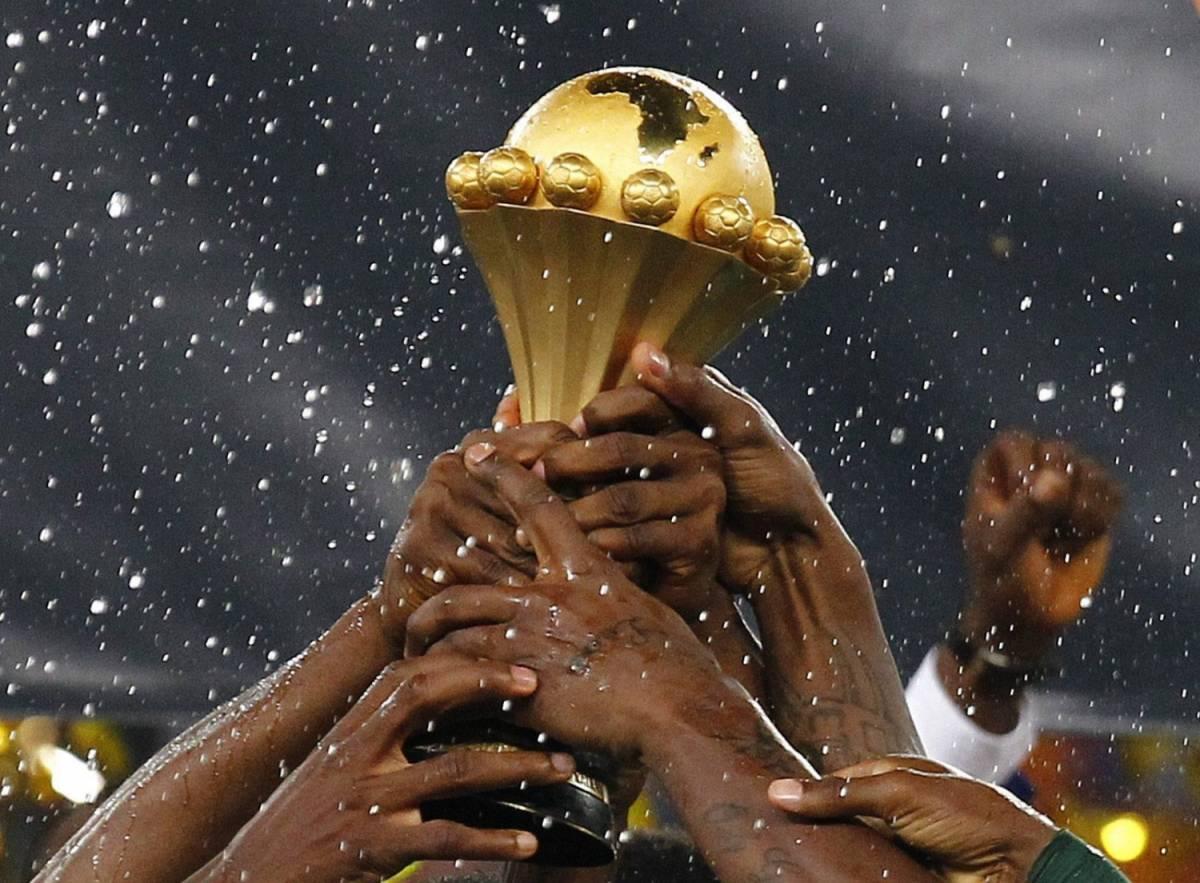 La Nigeria solleva la Coppa d'Africa vinta nel 2013