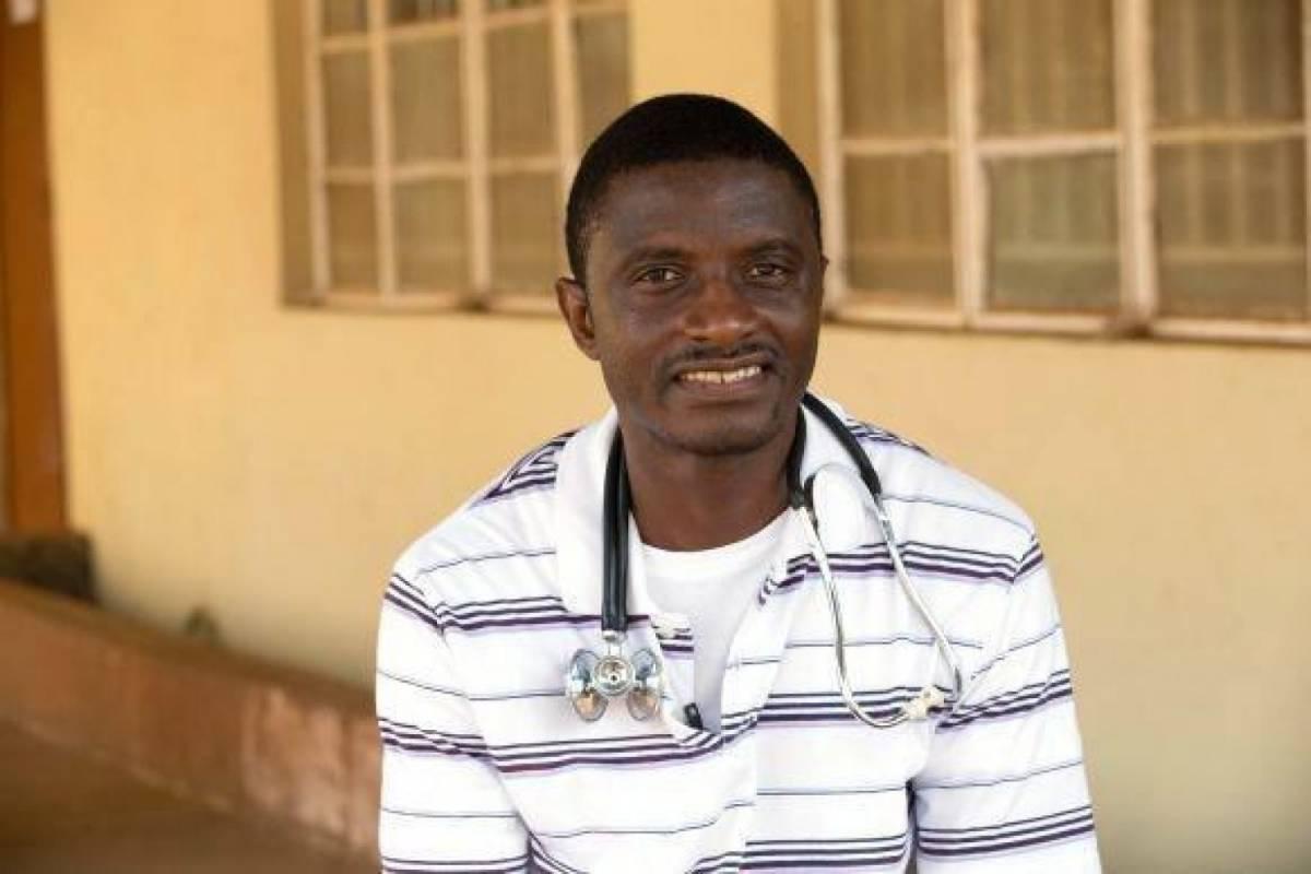 Martin Salia, chirurgo all'ospedale metodista di Freetown, in Liberia