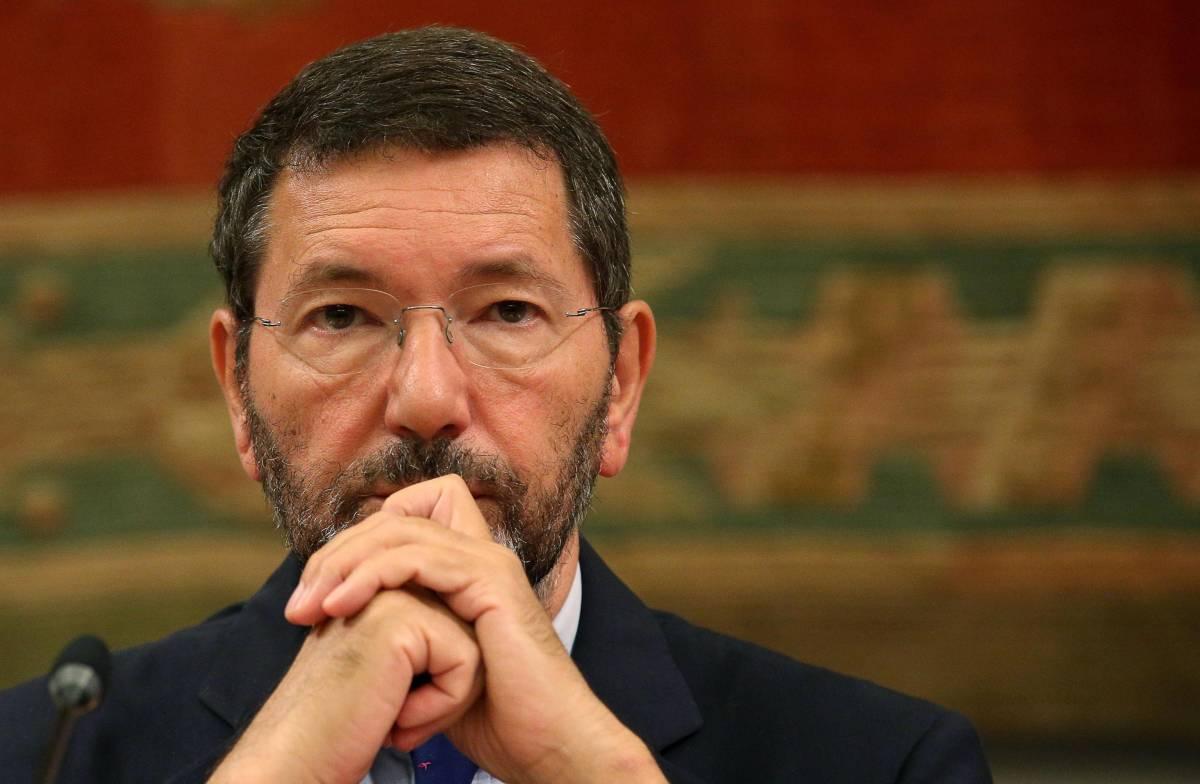 """Il prefetto di Roma:  """"Marino deve avere la scorta. Basta andare in bicicletta"""""""