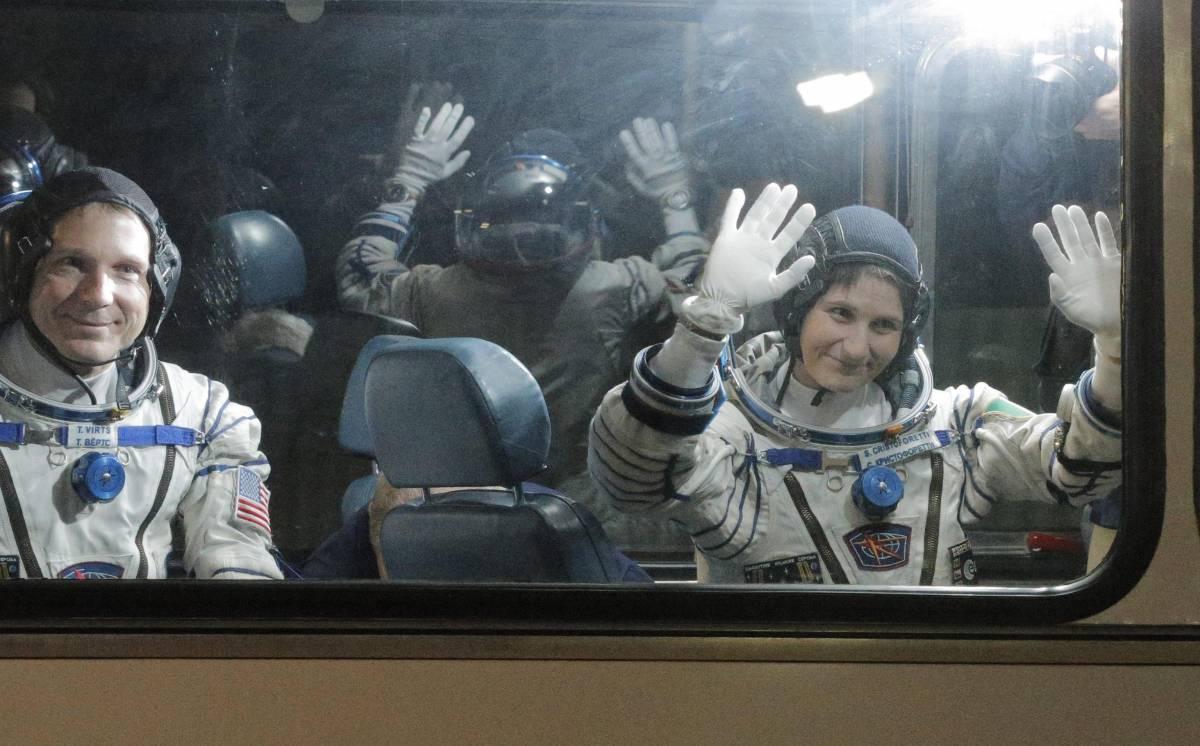 """""""Ci sentiamo dallo spazio"""""""