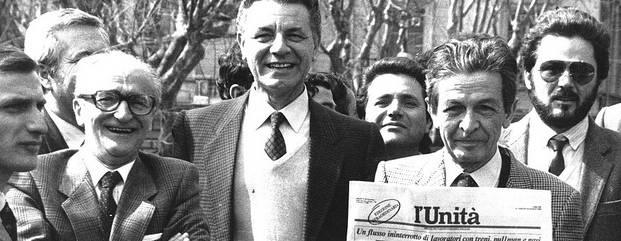 """""""Caro Renzi, non avrai mai soldi e palazzi dei comunisti"""""""