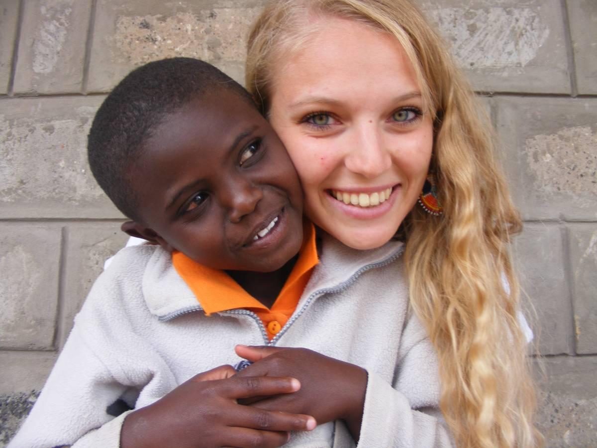 Kenya: una studentessa di Milano tra i bambini lavoratori della discarica di Dandora