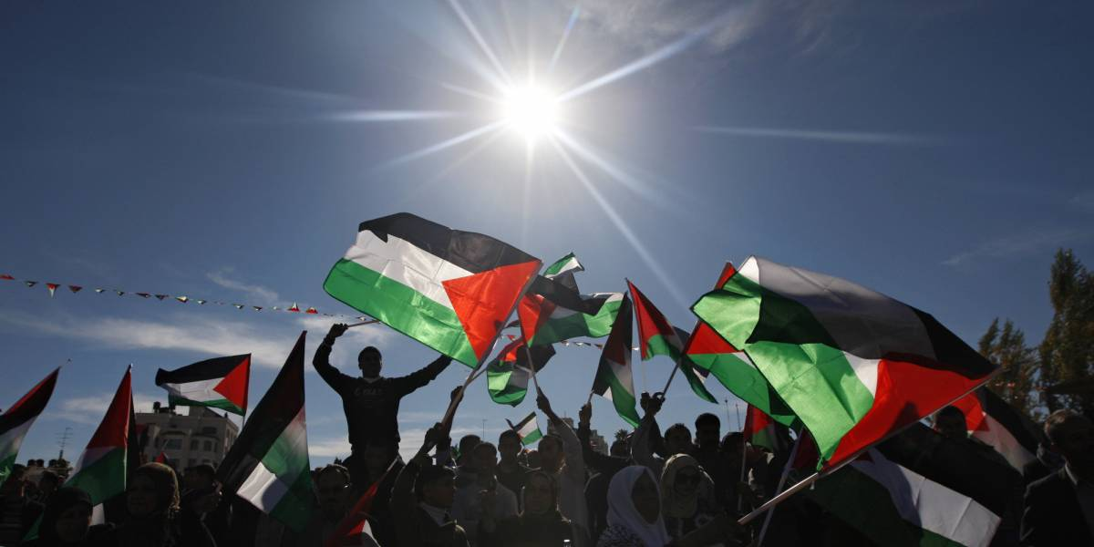 Palestinesi in testa al corteo: gli ebrei disertano il 25 aprile