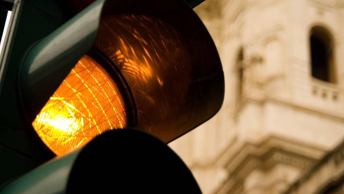 Il semaforo pedonale che punisce gli automobilisti: 3mila multe al mese