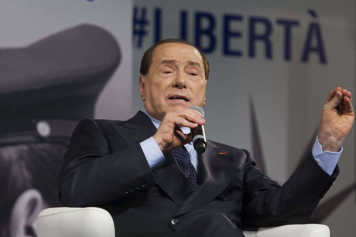 """Berlusconi: """"Il centrodestra raggiungerà di nuovo il 51 per cento"""""""