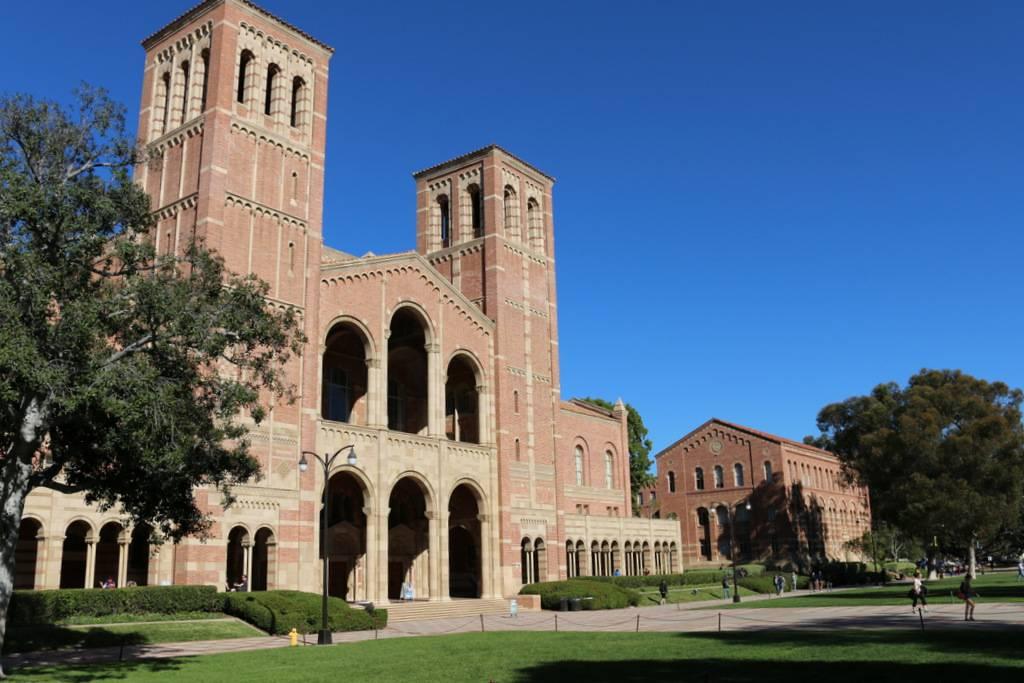 Milano è in California: visitando l'università spunta Sant'Ambrogio