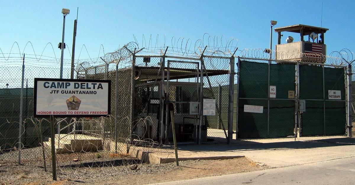 L'ex talebano di Guantanamo che ha dichiarato guerra al Califfo