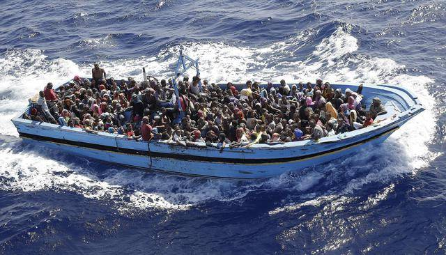 Un milione di migranti  pronti a invadere l'Italia