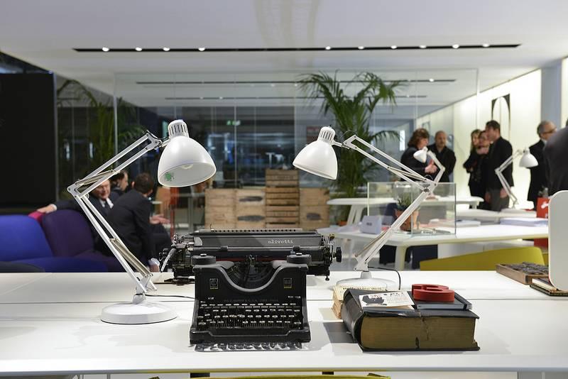 """""""Passeggiata"""" nell'ufficio del futuro: la visione dell'architetto De Lucchi"""