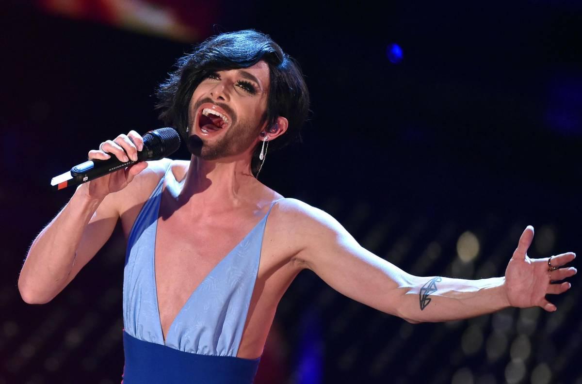 Ballando con le stelle 2016: Conchita Wurst non ci sarà. Arriva Valerio Scanu