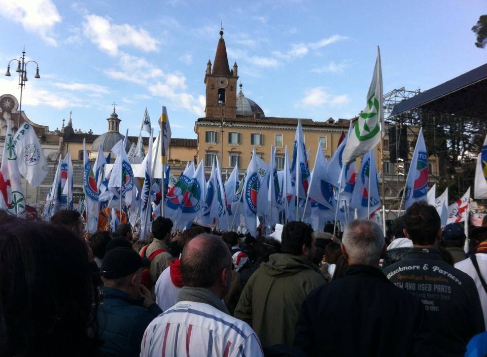 Non soltanto padani in piazza anche il Sud e la destra arrabbiata