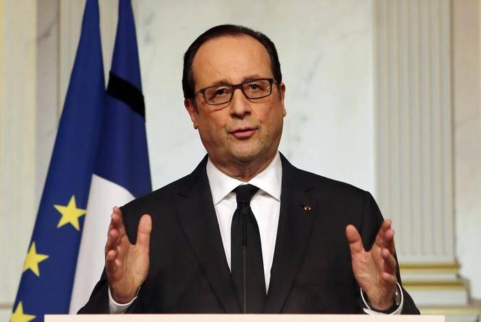 """""""Dall'Italia minaccia terroristica"""" E la Francia chiude la frontiera"""