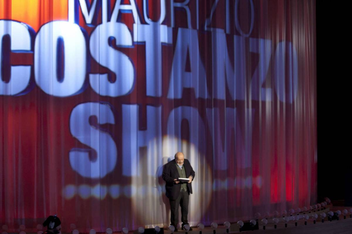 """Costanzo: """"Perché non invito più Vittorio Sgarbi al mio show"""""""