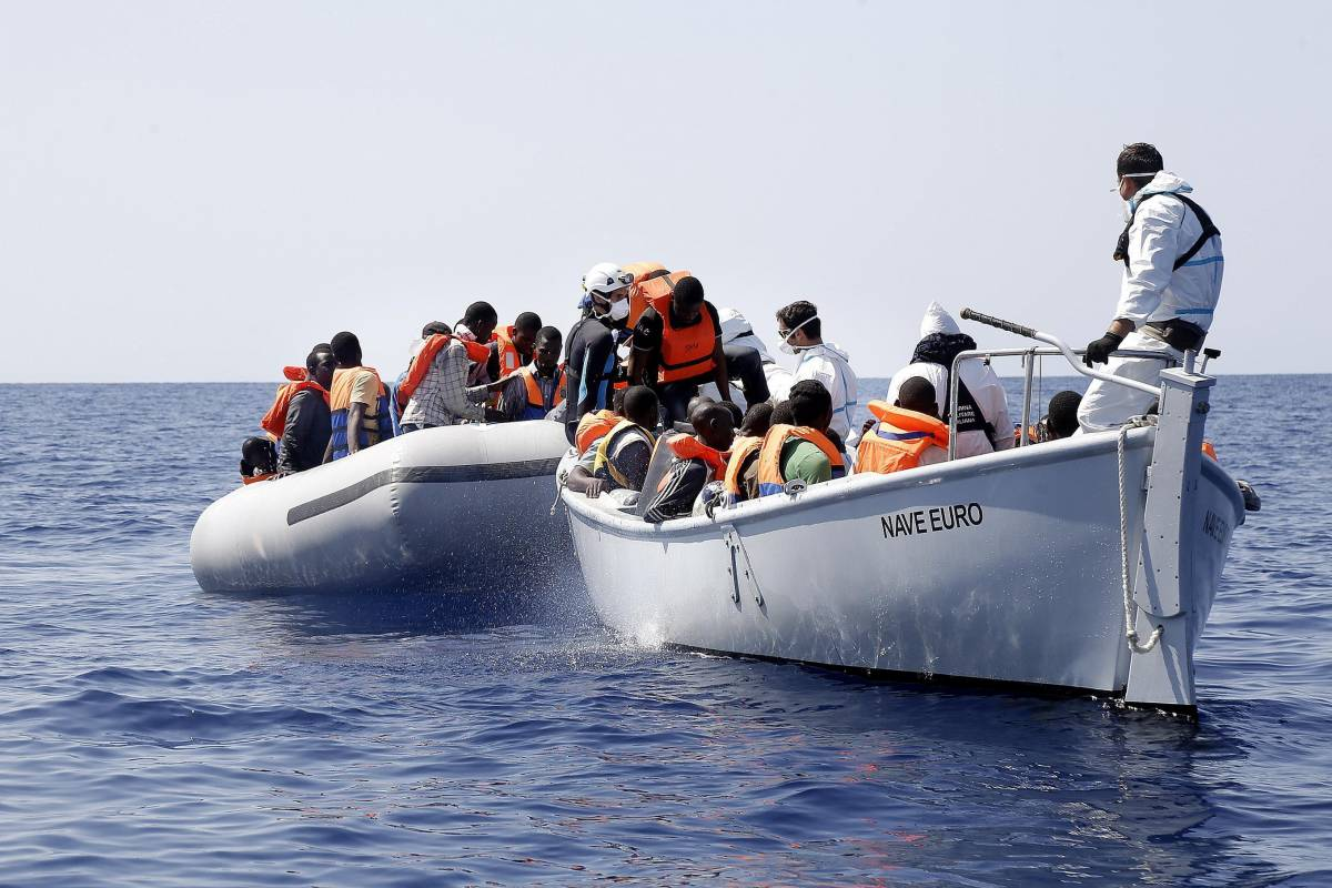 Così Tripoli si finanzia con gli sbarchi