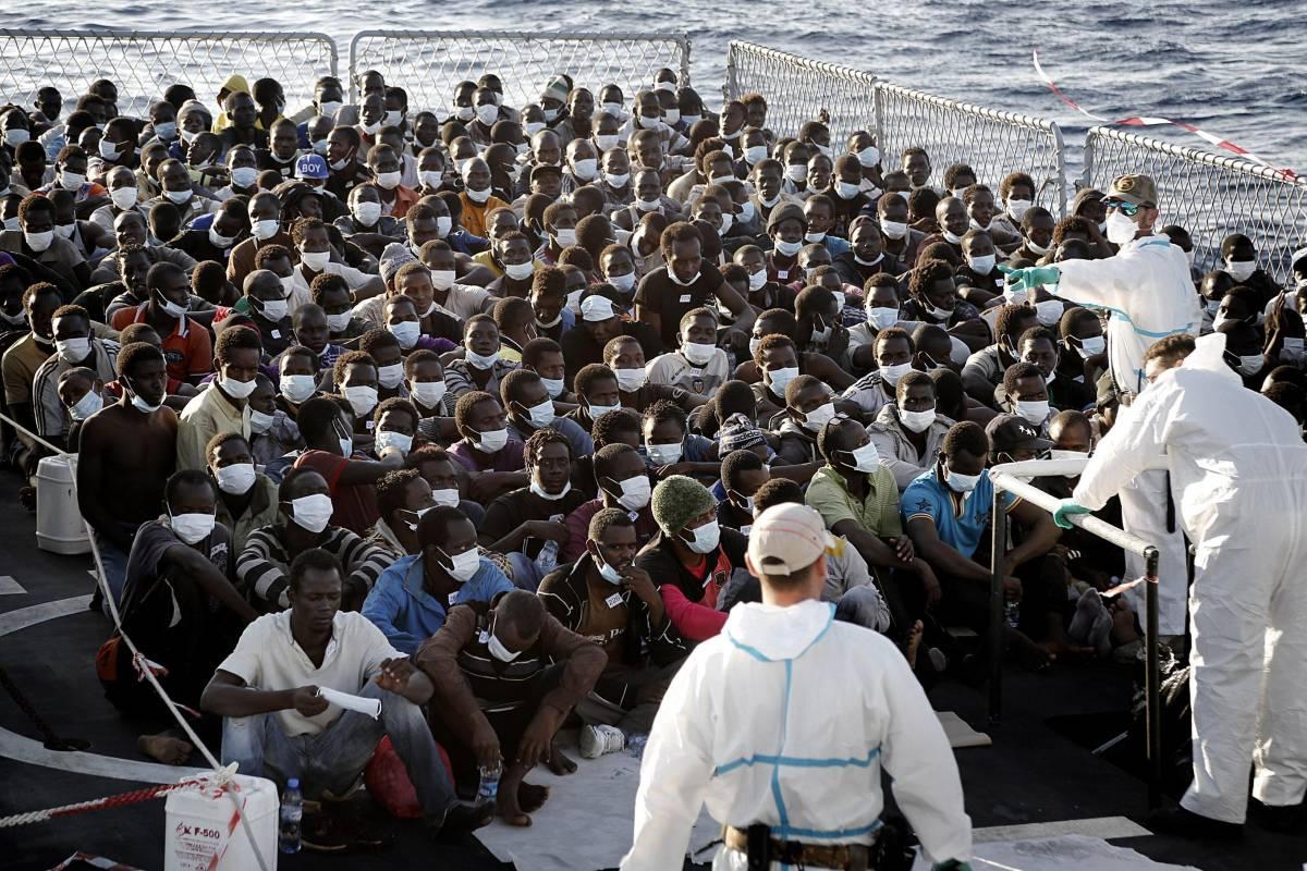 Il costo (salato) degli immigrati: oltre un miliardo per mantenerli