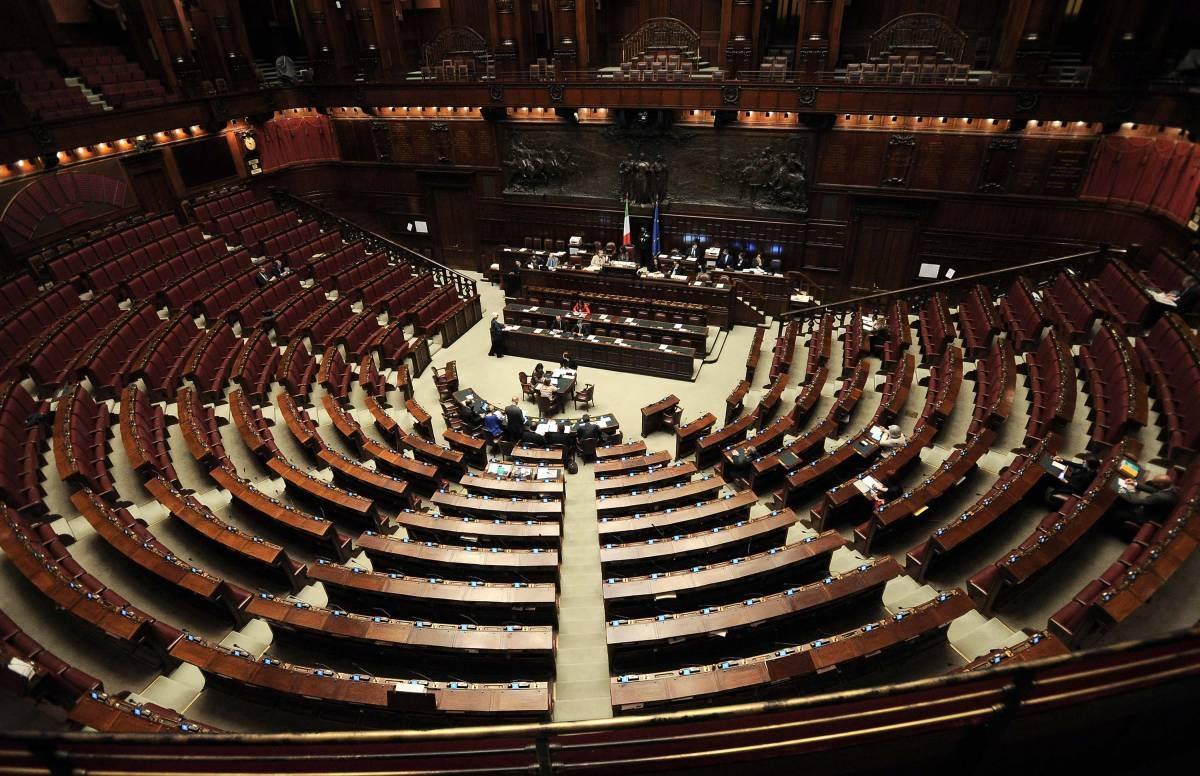 Sondaggio: scende la Lega, sale il Pd e ora FdI sfonda il 14%