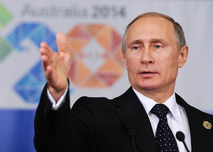 """Putin: """"La Russia si prepari contro la minaccia nucleare"""""""