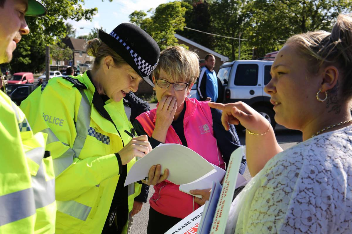 """""""Bimbi stuprati? Così da sempre"""" È bufera sulla polizia di Londra"""