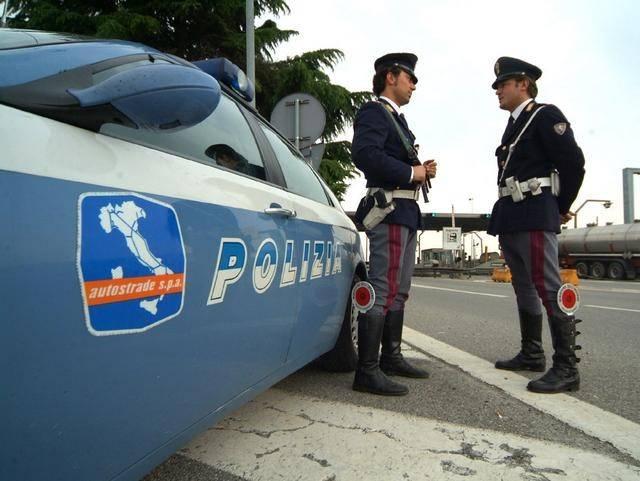 Udine, alla guida senza patente e con 4 kg di marijuana