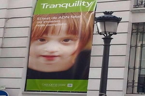 La foto rubata di una bambina down usata per pubblicizzare un test prenatale