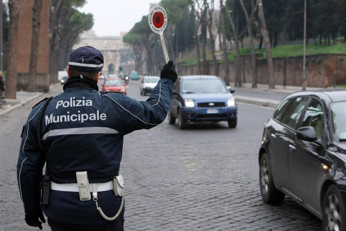 Roma, vigili assenteisti: i medici coinvolti  rischiano la radiazione