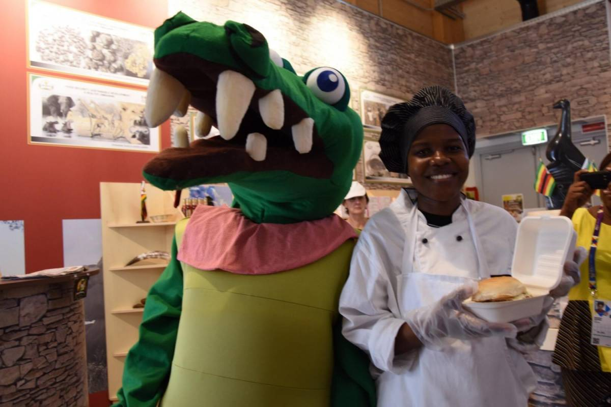 Crocoburger, la carne di coccodrillo che piace