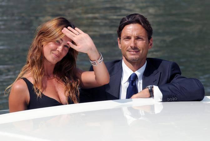 """Silvia Toffanin aspetta due gemelle: """"Pancione esploso al quarto mese"""""""