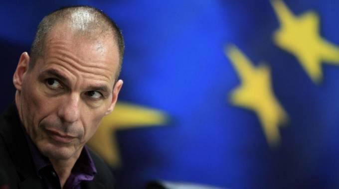 """Il portavoce di Varoufakis: """"La Merkel gli ordinò di dimettersi"""""""