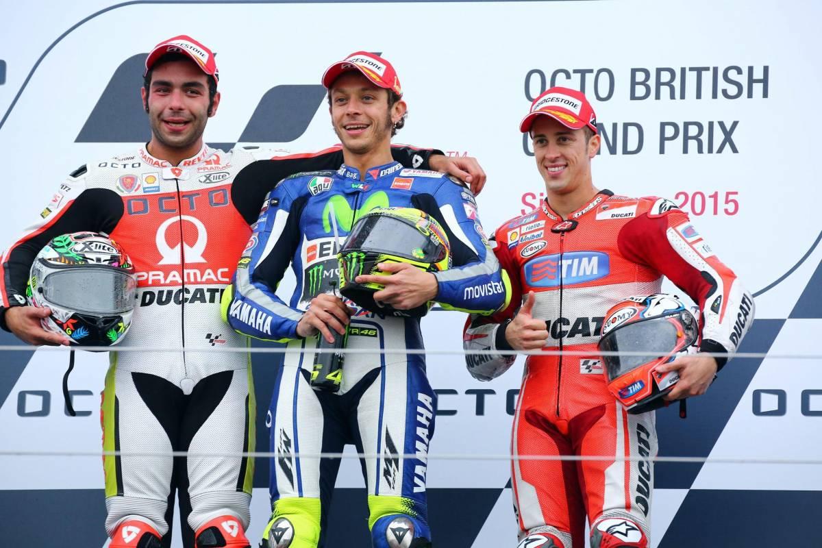 """MotoGp, Valencia: tutti gli """"aiutini"""" in pista per Rossi e Lorenzo"""