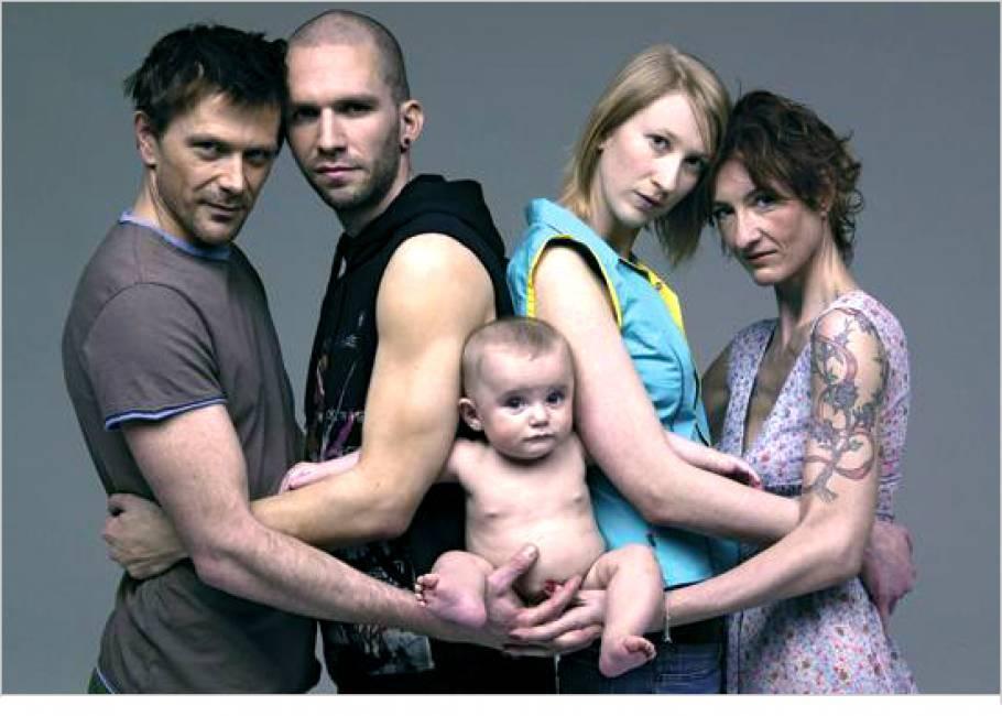 Registrazione dei figli delle coppie gay: si muove la procura di Roma