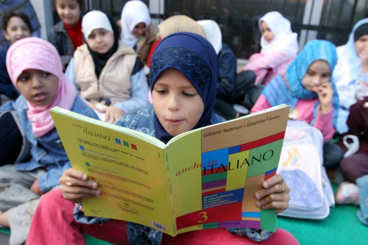 "Venezia, gli islamici a scuola: ""Date carne halal ai nostri figli"""