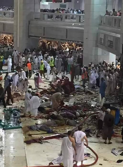 La Mecca, gru cede e si schianta: tragedia alla Grande Moschea
