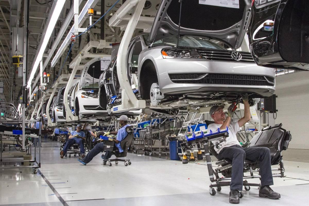 """Nuovi guai per Volkswagen: """"800mila veicoli irregolari per Co2"""""""