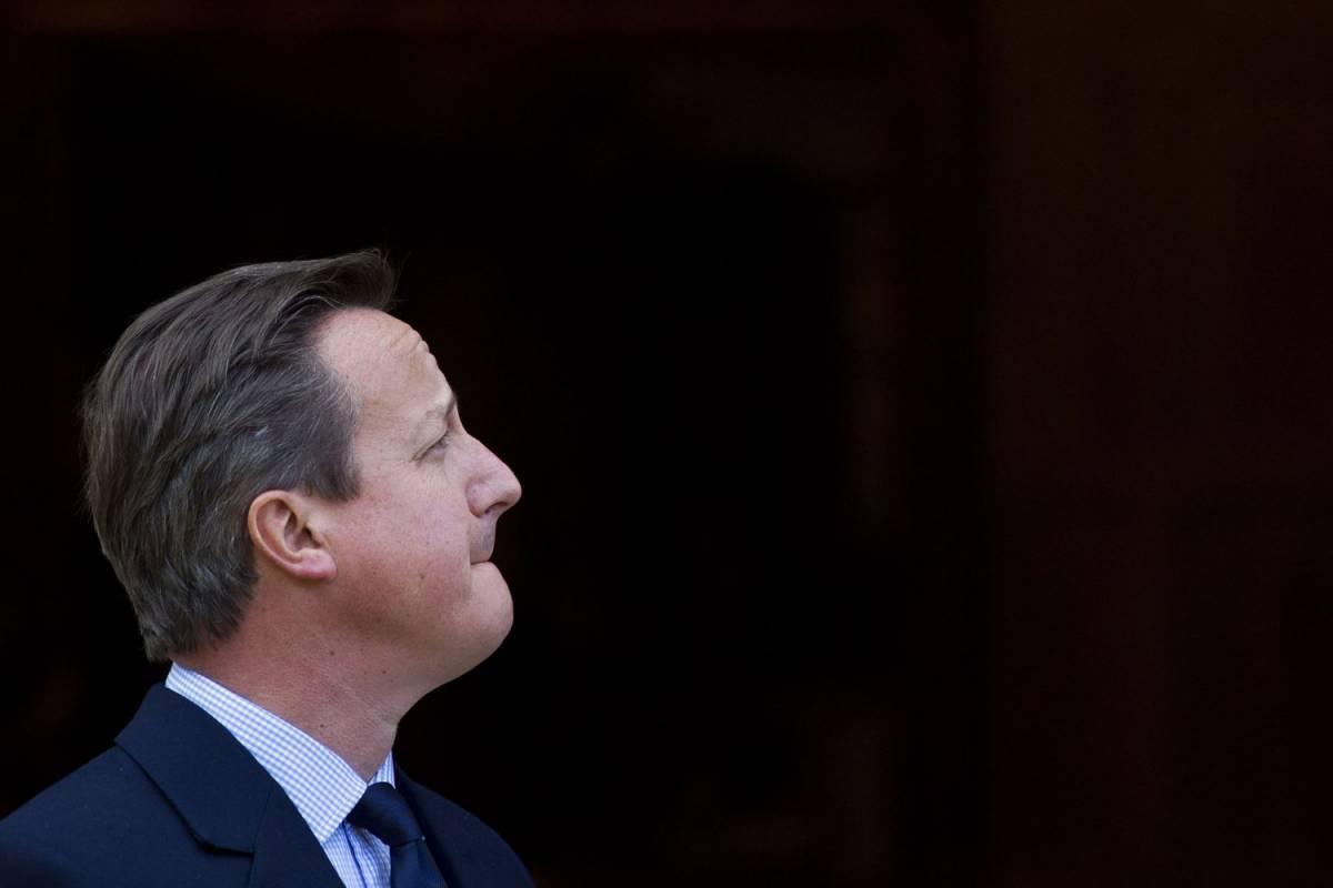 """Brexit, Cameron sotto accusa: """"Traballa come la gelatina"""""""