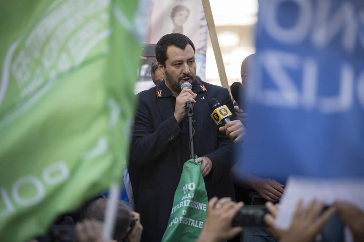 """Salvini lancia la sfida al Califfo: """"Pronto a partire per la guerra"""""""