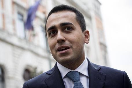 """Unioni civili, M5s: """"Renzi ha paura del Parlamento"""""""