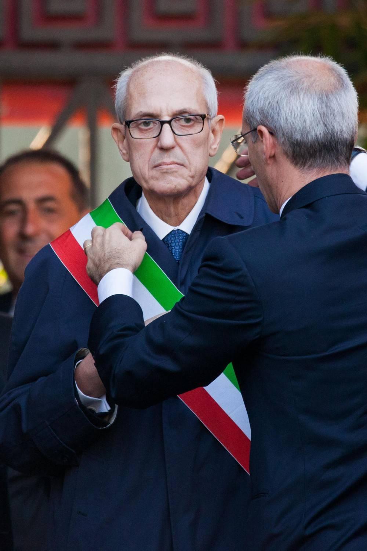 Roma, inizia l'era di Tronca con la benedizione del Papa