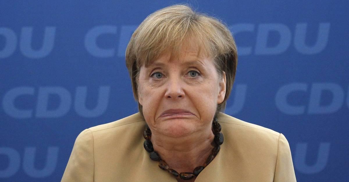 Merkel premiata dal Time per i fallimenti dell'Europa