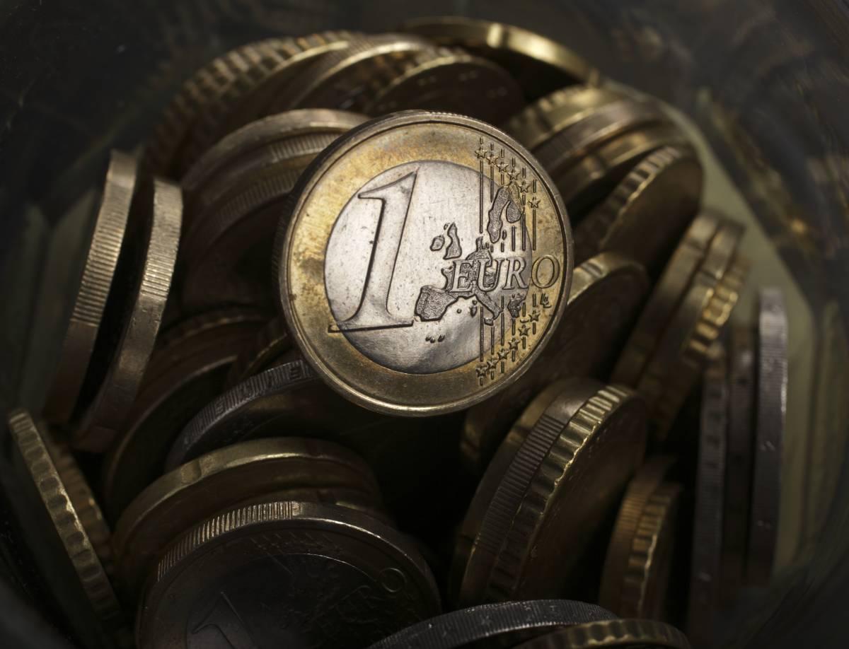 Tasse, affari e vacanze: come si vive senza euro