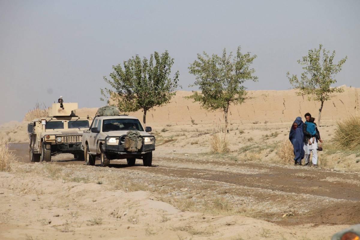 Mezzi dell'esercito afghano nella zona di Kunduz