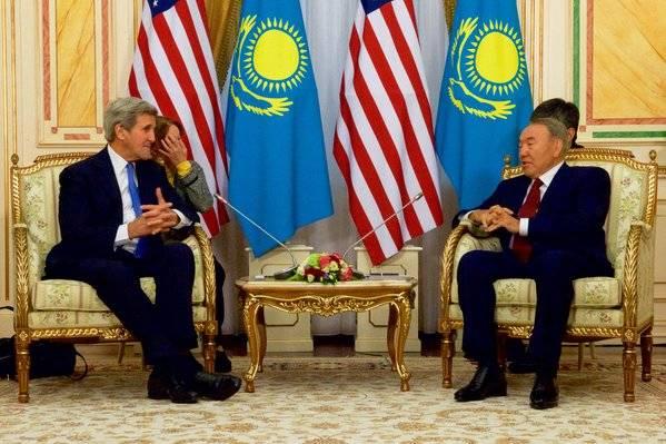La visita di Kerry in Asia Centrale: gli Usa vogliono tornare protagonisti