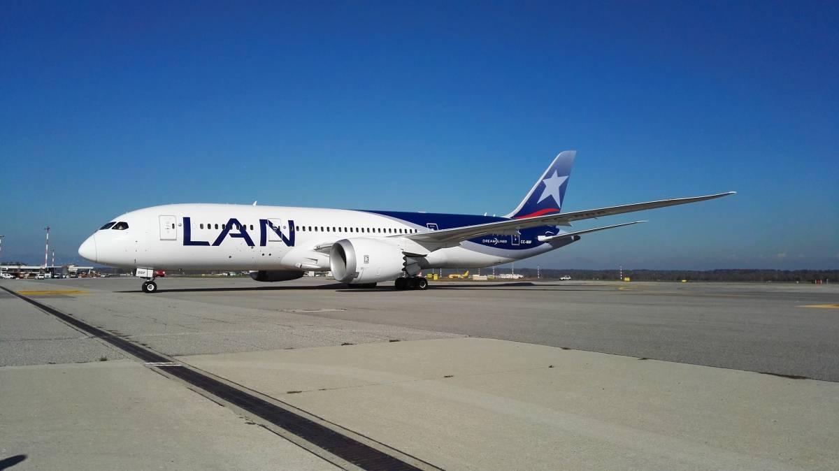 Malpensa, decolla il volo di Lan Airlines per Santiago del Cile