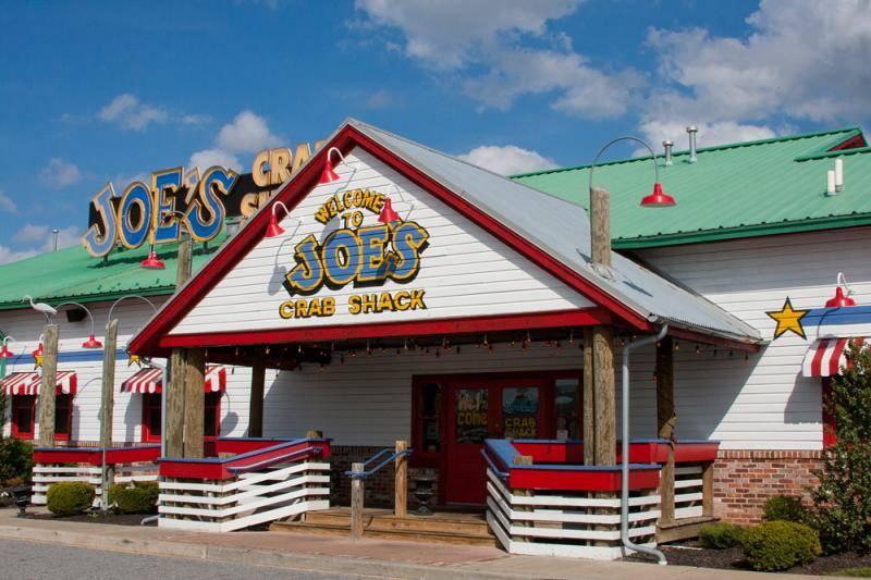 Joe's Crab Shack, la catena di ristoranti Usa che abolisce la mancia obbligatoria