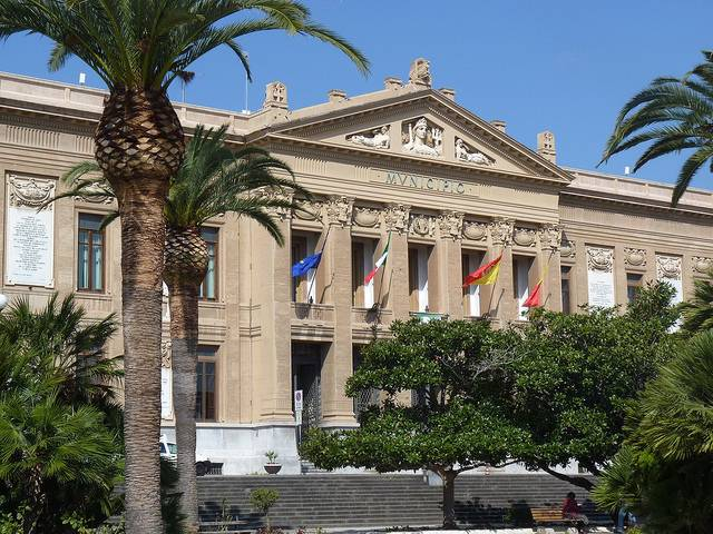 Messina, assenteisti con gettone. Inquisiti dodici consiglieri comunali