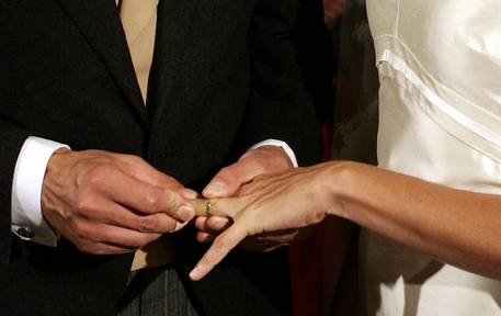 Matrimonio, quello religioso dura di più