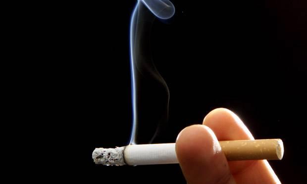Lo Stato fa cassa pure col fumo