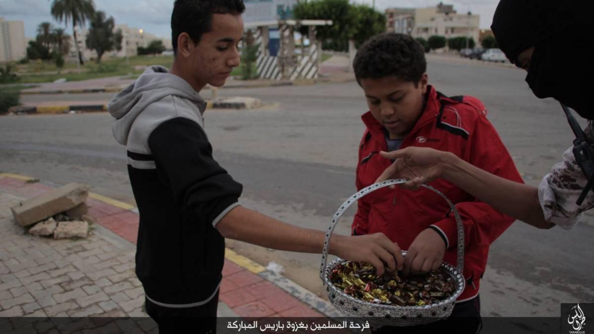 Se i musulmani festeggiano  la carneficina offrendo dolci