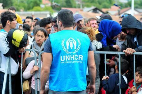 """L'Unchr: """"Non demonizzare i profughi: non sono tutti dei terroristi"""""""
