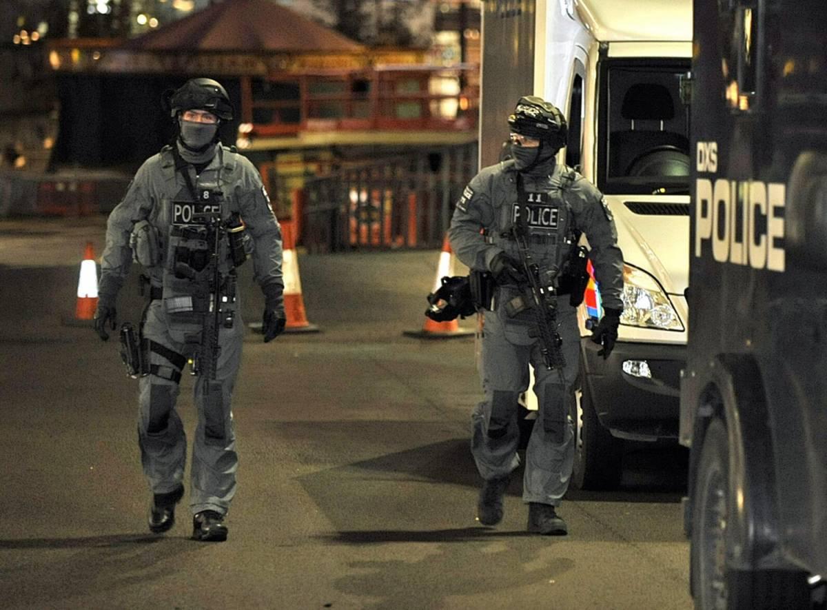 """Contro il terrorismo ora arrivano gli """"uomini in grigio"""""""