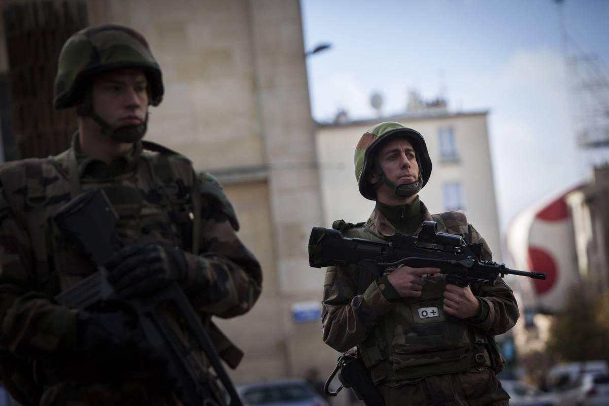 """Nuovo blitz in Francia: """"Udita un'esplosione"""""""